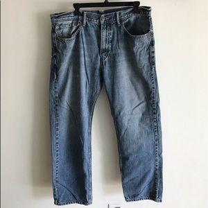 """LEVI 559 36 x 30 """" jeans"""